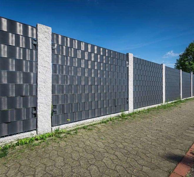 Doppelstabmatten Sichtschutz mit Steinpfosten