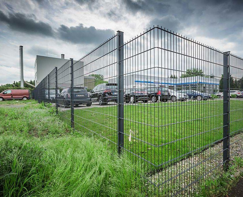 Projekt 12: Doppelstabmatten bei Autohaus Savcenko