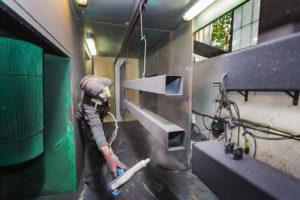 Pulverbeschichtung von Stabmatten in unserem Werk